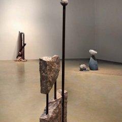 No 172 Un beau vase (2005-2008). Photo Maurice Henri, traitement infographique Jean‐Claude Blanchard. h = 172 cm