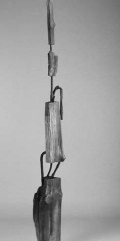 No 134 Murir / To Mature (1996). Photo Rob Roy. h = 192 cm