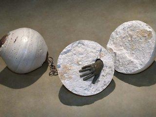 No 177 Deux grains (2008). Photo Maurice Henri, traitement infographique Jean‐Claude Blanchard. h = 36 cm